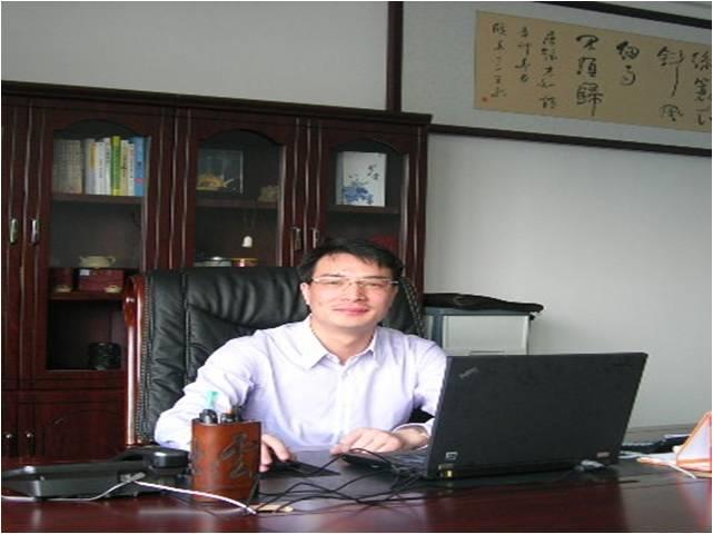 郑庆卫 常务副会长